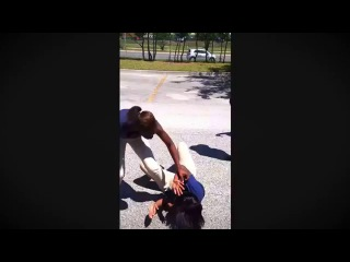Girl Fight . ( girl gets girl kicked out if school )